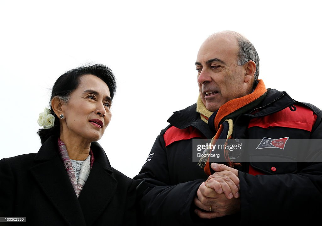 <a gi-track='captionPersonalityLinkClicked' href=/galleries/search?phrase=Aung+San+Suu+Kyi&family=editorial&specificpeople=214208 ng-click='$event.stopPropagation()'>Aung San Suu Kyi</a>, Myanmar's opposition leader, left, talks to <a gi-track='captionPersonalityLinkClicked' href=/galleries/search?phrase=Muhtar+Kent&family=editorial&specificpeople=4365584 ng-click='$event.stopPropagation()'>Muhtar Kent</a>, chief executive officer of Coca-Cola Co., during a visit to the 2013 Pyeongchang Special Olympics Winter Games in Pyeongchang, South Korea, on Wednesday, Jan. 30, 2013. Suu Kyi is on a five-day visit to South Korea. Photographer: SeongJoon Cho/Bloomberg via Getty Images