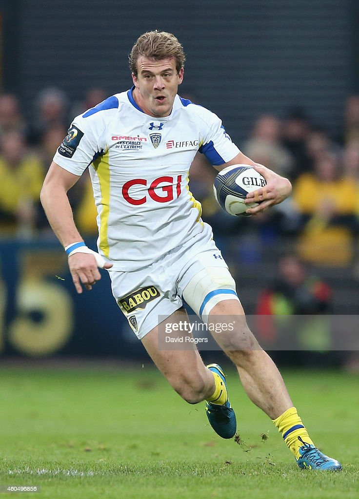 <a gi-track='captionPersonalityLinkClicked' href=/galleries/search?phrase=Aurelien+Rougerie&family=editorial&specificpeople=220239 ng-click='$event.stopPropagation()'>Aurelien Rougerie</a> of Clermont Auvergne runs with the ball during the European Rugby Champions Cup pool one match between ASM Clermont Auvergne and Munster at Stade Marcel Michelin on December 14, 2014 in Clermont-Ferrand, France.