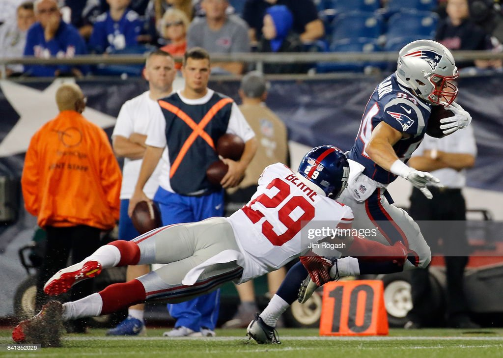 New York Giants v New England Patriots