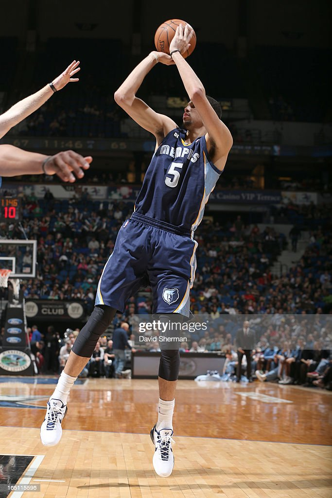 Austin Daye #5 of the Memphis Grizzlies goes for a jump shot during the game between the Memphis Grizzlies and the Minnesota Timberwolves on March 30, 2013 at Target Center in Minneapolis, Minnesota.