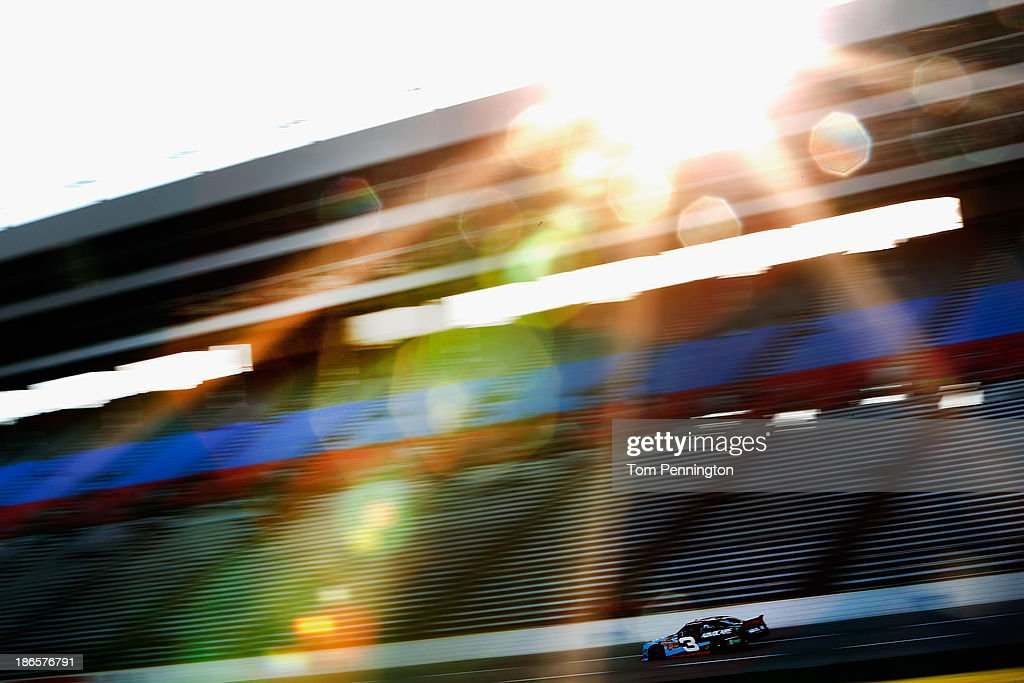 <a gi-track='captionPersonalityLinkClicked' href=/galleries/search?phrase=Austin+Dillon&family=editorial&specificpeople=5075945 ng-click='$event.stopPropagation()'>Austin Dillon</a>, driver of the #3 AdvoCare Chevrolet, practices for the NASCAR Nationwide Series O'Reilly Auto Parts Challenge at Texas Motor Speedway on November 1, 2013 in Fort Worth, Texas.