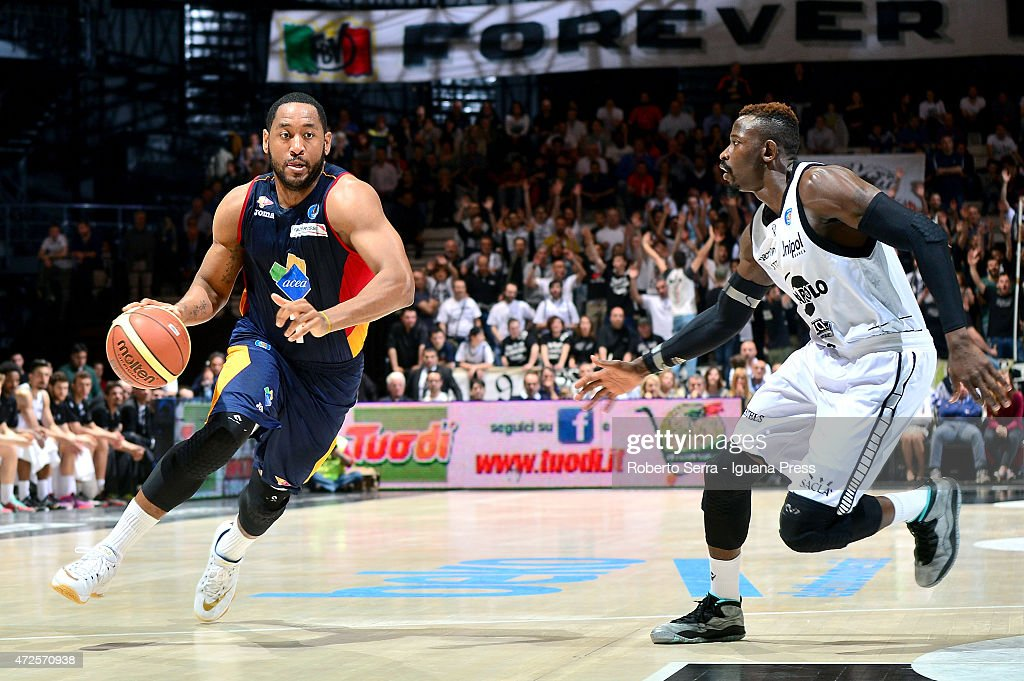 Austin Freeman of Acea competes with Jeremy Hazell of Granarolo during the LegaBasket of serie A match between Virtus Granarolo Bologna and Acea Roma...