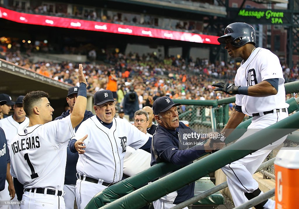 <a gi-track='captionPersonalityLinkClicked' href=/galleries/search?phrase=Austin+Jackson&family=editorial&specificpeople=608633 ng-click='$event.stopPropagation()'>Austin Jackson</a> #14 of the Detroit Tigers celebrates with manager <a gi-track='captionPersonalityLinkClicked' href=/galleries/search?phrase=Jim+Leyland&family=editorial&specificpeople=239038 ng-click='$event.stopPropagation()'>Jim Leyland</a> #10 after hitting a solo home run in the fifth inning during the game against the Chicago White Sox at Comerica Park on August 2, 2013 in Detroit, Michigan.