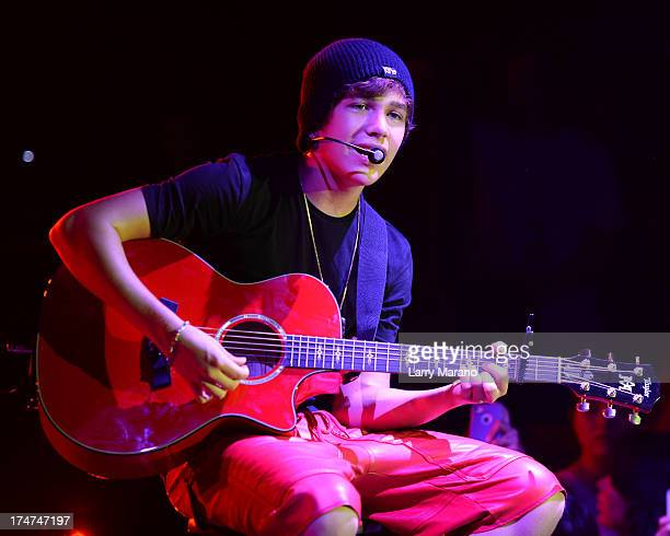 Austin Mahone performs at Fontainebleau Miami Beach on July 28 2013 in Miami Beach Florida