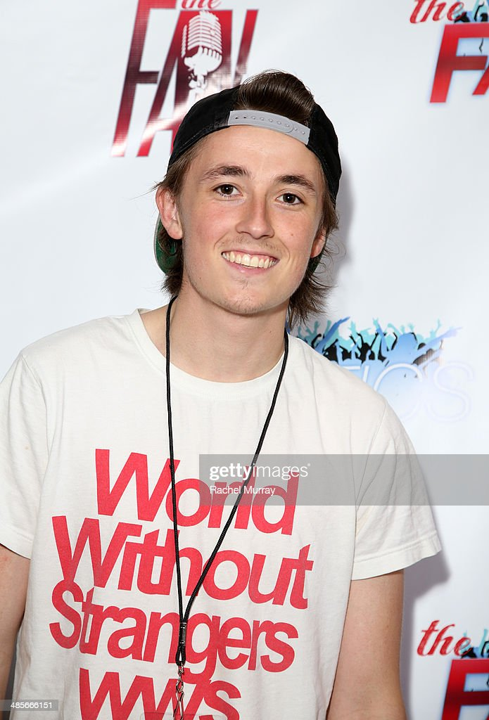Austin McCarthy arrives at The Fanatics Tour L.A. Show at Infusion Lounge on April 19, 2014 in Universal City, California.