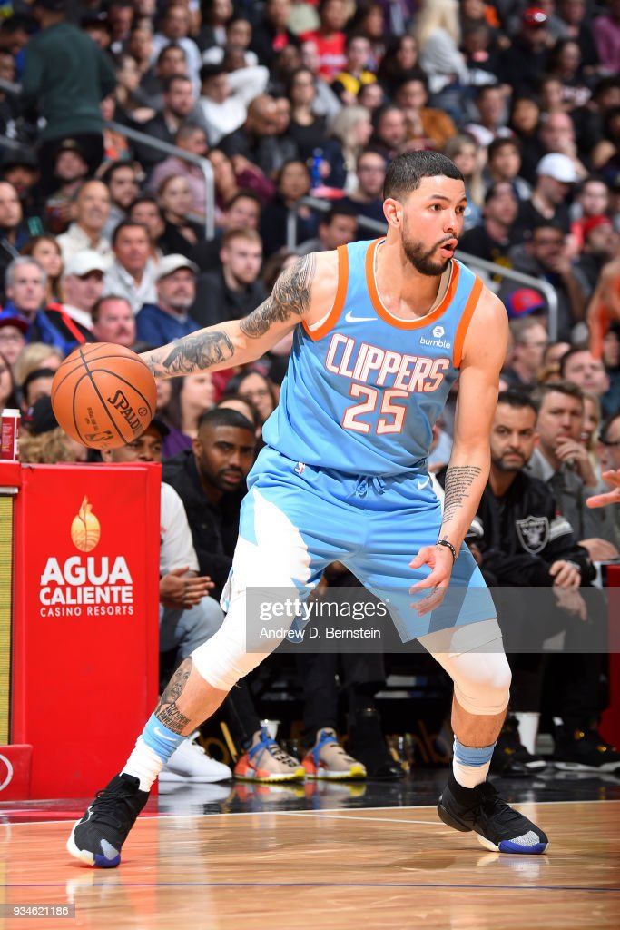 Austin Rivers #25 of the LA Clippers handles the ball against the Portland Trail Blazers on March 18, 2018 at STAPLES Center in Los Angeles, California.