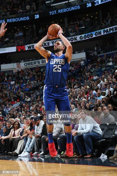 Austin Rivers of the LA Clippers shoots the ball against the New Orleans Pelicans on November 11 2017 at Smoothie King Center in New Orleans...