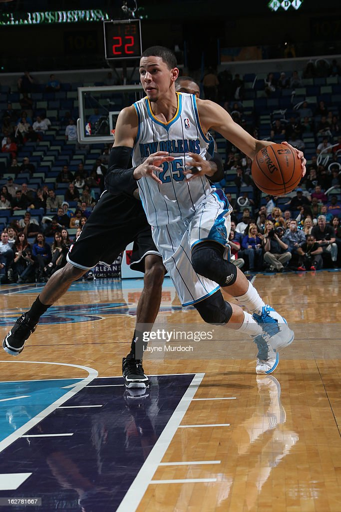 Austin Rivers #25 of the New Orleans Hornets drives to the basket against the Brooklyn Nets on February 26, 2013 at the New Orleans Arena in New Orleans, Louisiana.