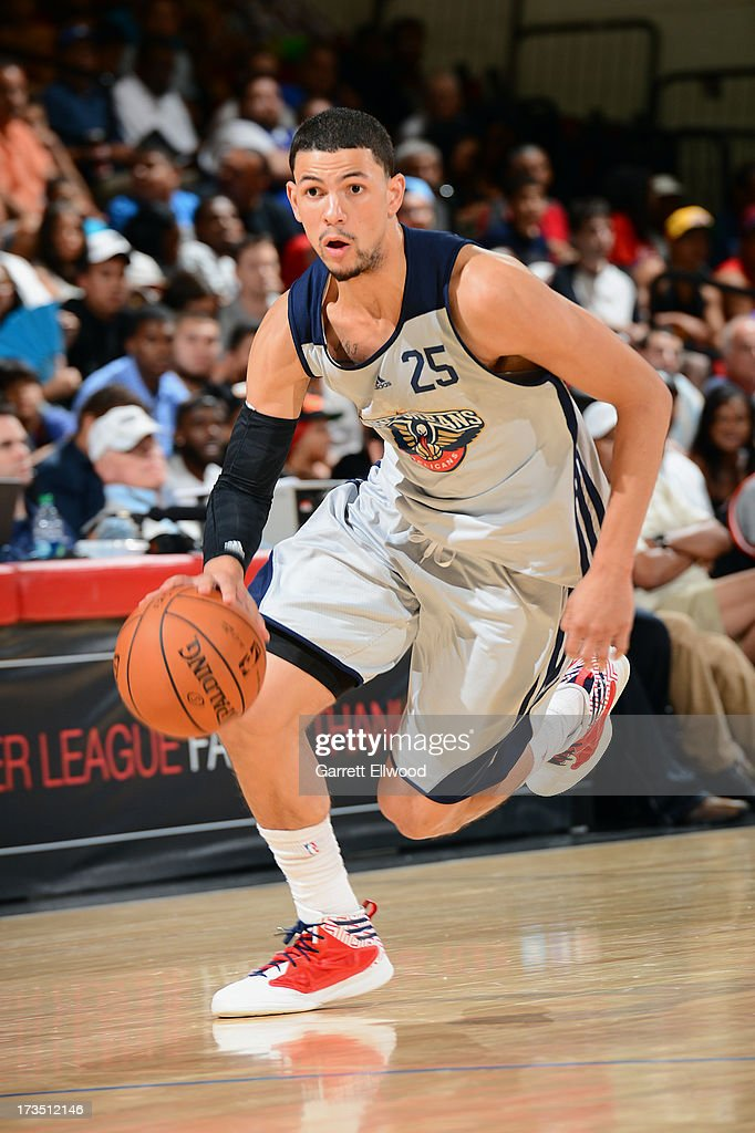 Austin Rivers #25 of the New Orleans Pelicans dribbles up the floor against the Cleveland Cavaliers during NBA Summer League on July 15, 2013 at the Cox Pavilion in Las Vegas, Nevada.
