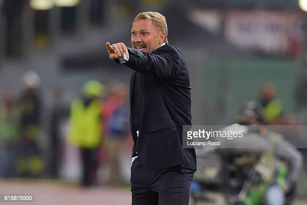 Austiria Wien coach before Thorsten Fink during the UEFA Europa League match between AS Roma and FK Austria Wien at Olimpico Stadium on October 20...