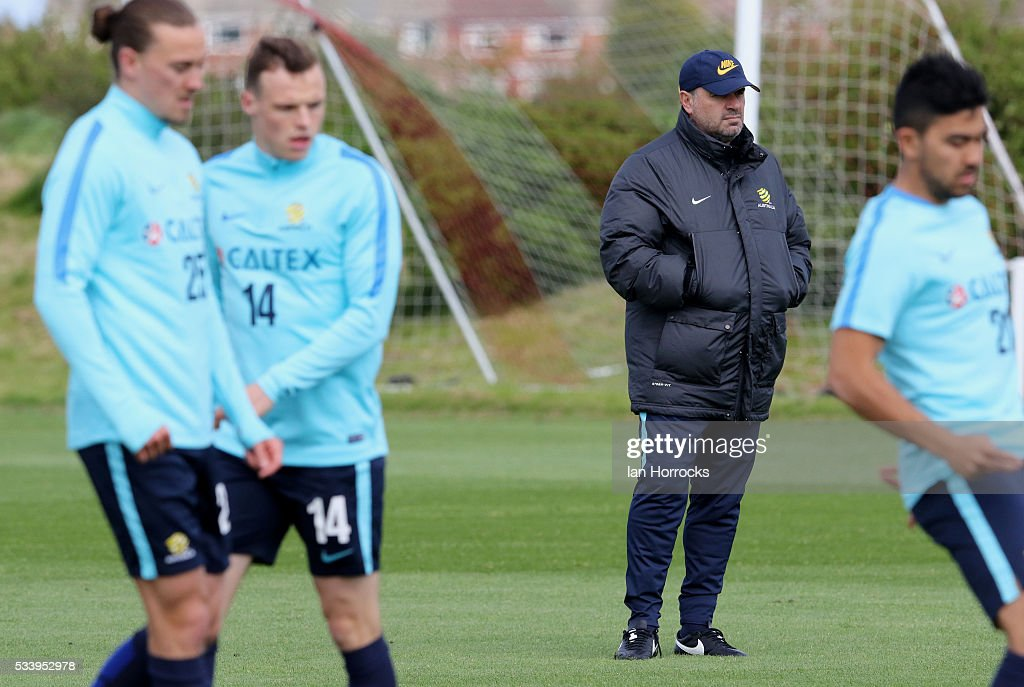 Australia head coach Angelo Postecoglou (C) during a Australia National football team training session at The Academy of Light on May 24, 2016 in Sunderland, England.