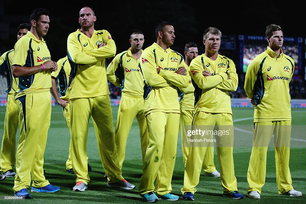 Australia look on after losing the 3rd One Day International cricket match between the New Zealand Black Caps and Australia at Seddon Park on February 8, 2016 in Hamilton, New Zealand.