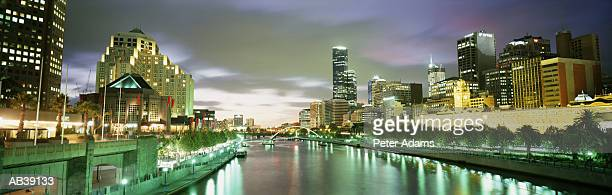Australia, Melbourne, city skyline and river at night