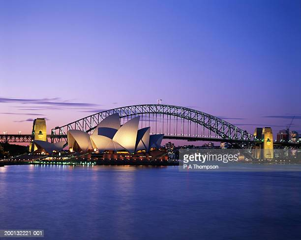 Australia, New South Wales, Sydney, Opera House and Harbour Bridge