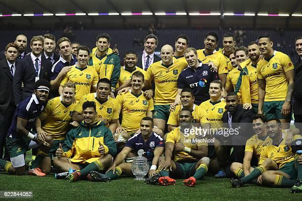 Australia pose with the Hopetoun Cup during the Scotland v Australia Autumn Test Match at Murrayfield Stadium on November 12 2016 in Edinburgh...