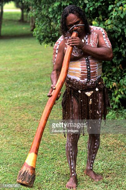 Australia Queensland Cairns Tjappukai Aboriginal With Didgeridoo