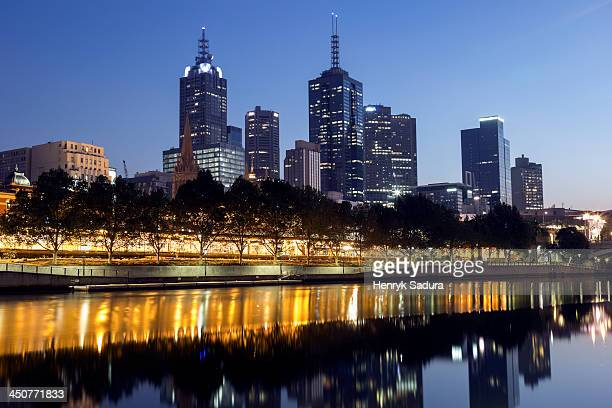 Australia, Victoria, Melbourne, Cityscape with reflection in Yarra river