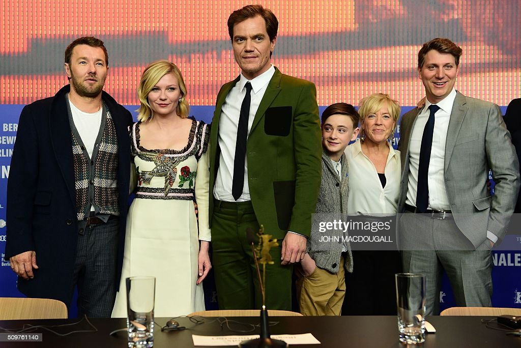 Australian actor Joel Edgerton, US actress Kirsten Dunst, US actor Michael Shannon, US Jaeden Lieberher, producer Sarah Green, US director Jeff Nichols attend a photo call for the film ' Midnight Special by Jeff Nichols' screened in competition of the 66th Berlinale Film Festival in Berlin on February 12, 2016. / AFP / John MACDOUGALL