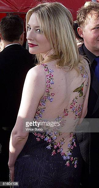 Australian actress Cate Blanchett poses for photographers as she arrives at the 71st Annual Academy Awards in Los Angeles 21 March 1999 Blanchett is...