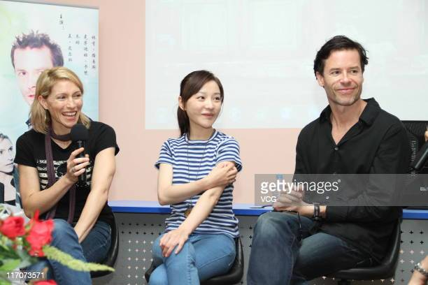 Australian actress Claudia Karvan Chinese actress Zhu Lin and Australian actor Guy Pearce attend '33 Postcards' movie promotion event at Fudan...