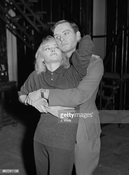 Australian actress Diane Cilento as Leni and actor Kenneth Haigh as Franz during rehearsals for the English Stage Company production of JeanPaul...
