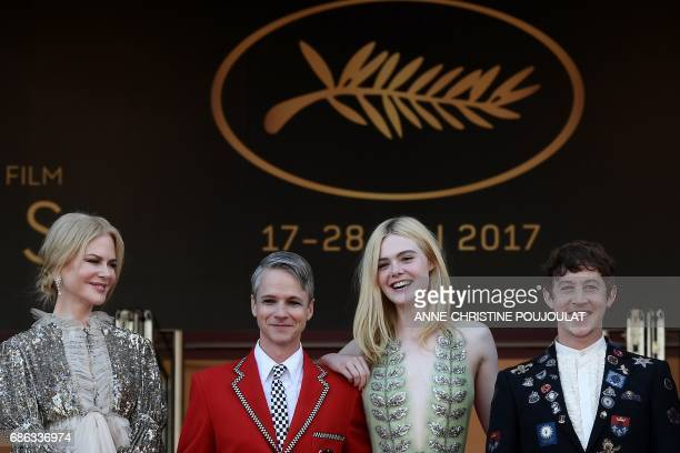Australian actress Nicole Kidman US director John Cameron Mitchell US actress Elle Fanning and British actor Alex Sharp pose before leaving the...