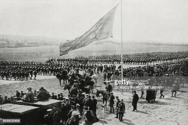 Australian and New Zealand troops parading in front of King George V Salisbury Plain England World War I from L'Illustrazione Italiana Year XLIV No...