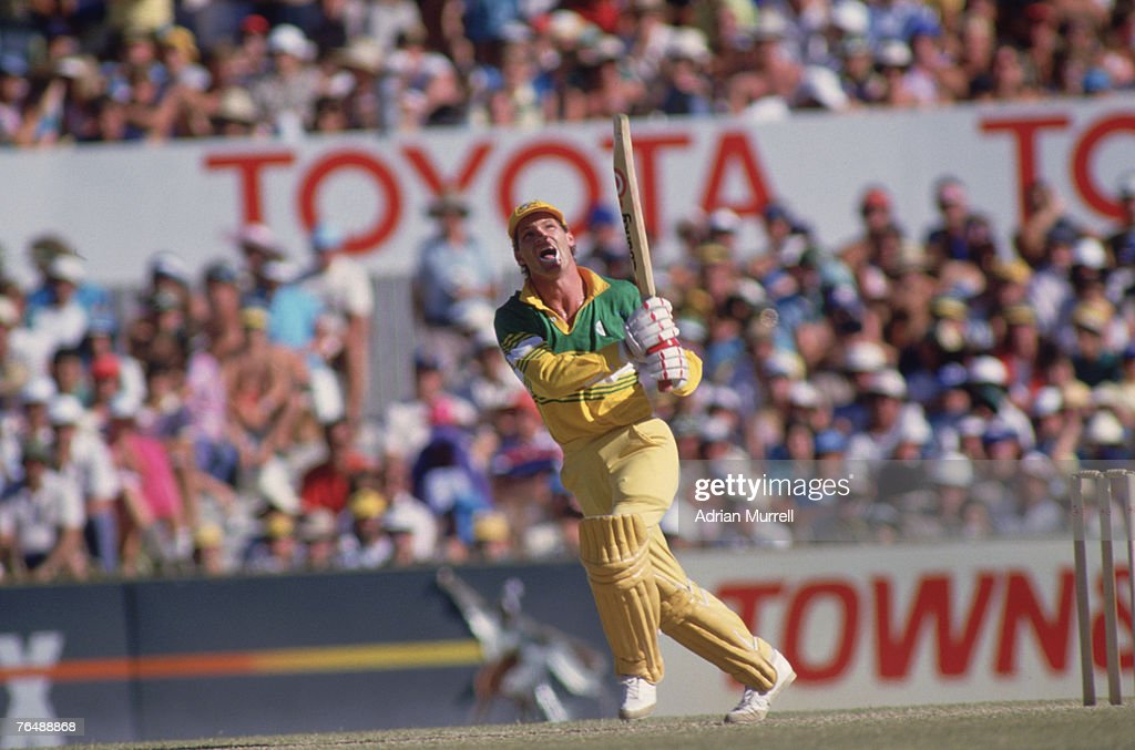 Australian batsman Dean Jones in action against Pakistan during the Benson & Hedges Perth Challenge one-day international cricket tournament in Perth, December 1986.