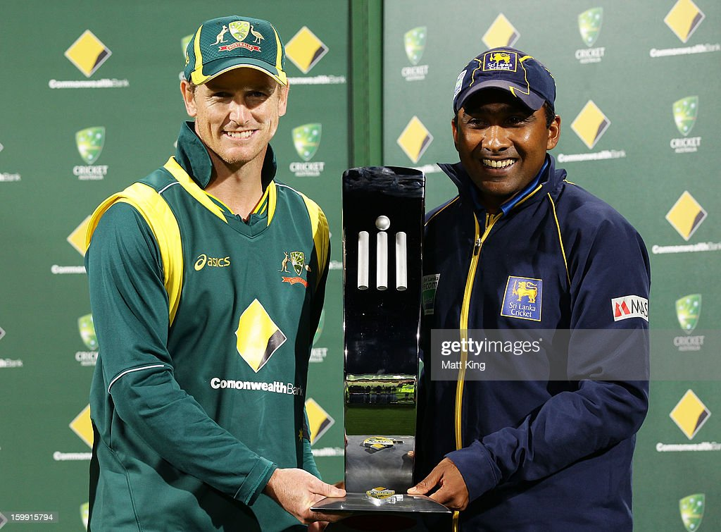 Australian captain George Bailey (L) and Sri Lankan captain <a gi-track='captionPersonalityLinkClicked' href=/galleries/search?phrase=Mahela+Jayawardene&family=editorial&specificpeople=213707 ng-click='$event.stopPropagation()'>Mahela Jayawardene</a> (R) hold the Commonwealth Bank trophy as joint winners due to the tied series after game five of the Commonwealth Bank One Day International series between Australia and Sri Lanka at Blundstone Arena on January 23, 2013 in Hobart, Australia.