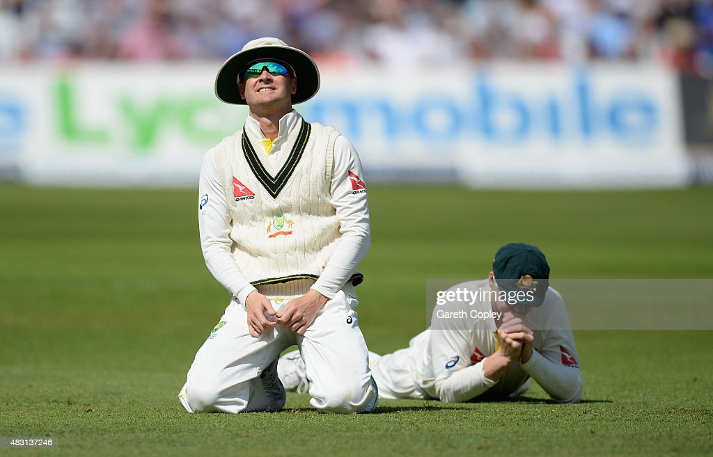 Australian captain <a gi-track='captionPersonalityLinkClicked' href=/galleries/search?phrase=Michael+Clarke+-+Cricketspeler&family=editorial&specificpeople=175853 ng-click='$event.stopPropagation()'>Michael Clarke</a> and Steven Smith reacts after dropping England captain Alastair Cook during day one of the 4th Investec Ashes Test match between England and Australia at Trent Bridge on August 6, 2015 in Nottingham, United Kingdom.