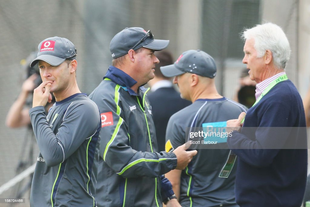 Australian captain Michael Clarke (L) looks on as Australian Chairman of Selectors John Inverarity (R), Australian Cricket Team Physiotherapist Alex Kountouris and Australian coach <a gi-track='captionPersonalityLinkClicked' href=/galleries/search?phrase=Mickey+Arthur&family=editorial&specificpeople=789398 ng-click='$event.stopPropagation()'>Mickey Arthur</a> talk during an Australian nets session at Melbourne Cricket Ground on December 25, 2012 in Melbourne, Australia.