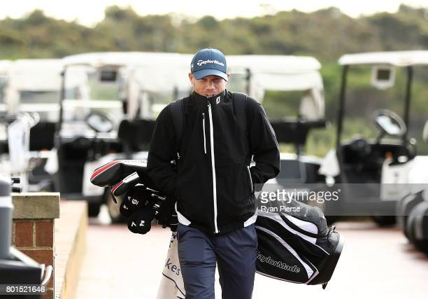Australian Cricketer David Warner arrives during the Australian Cricketers' Association Golf Day at New South Wales Golf Club on June 27 2017 in...