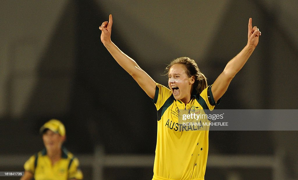 Australian cricketer Elysse Perry celebrates after taking the wicket of unseen West Indies cricketer Kycia Knight during the final match of the ICC Women's World Cup 2013 between Australia and West Indies at the Cricket Club of India's Brabourne stadium in Mumbai on February 17, 2013. AFP PHOTO/Indranil MUKHERJEE