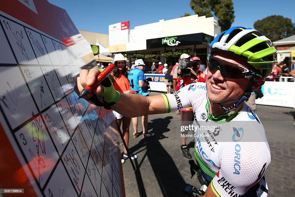 Australian cyclist Simon Gerrans of the Orica GreenEDGE team signs on before stage 2 of the 2016 Tour Down Under from Unley to Stirling on January 20...