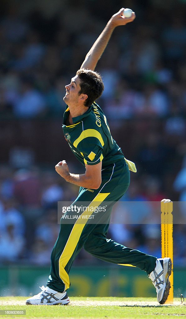 Australian fast bowler Ben Cutting sends down a delivery to the West Indies batsman in their one-day cricket international played at the Sydney Cricket Ground on February 8, 2013. AFP PHOTO/William WEST IMAGE