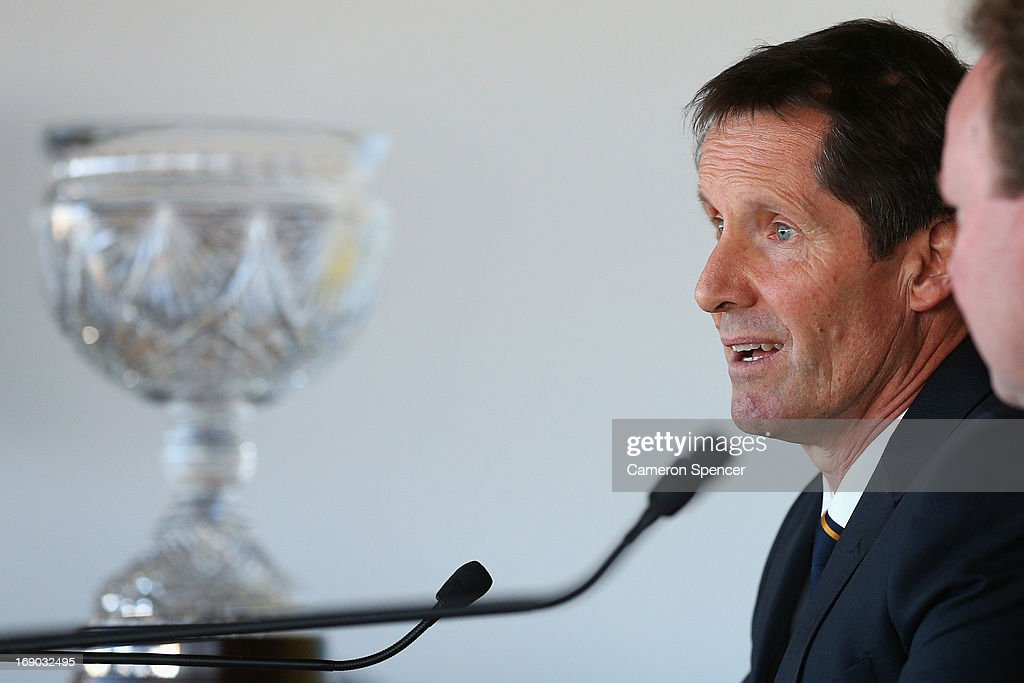 Australian head coach <a gi-track='captionPersonalityLinkClicked' href=/galleries/search?phrase=Robbie+Deans&family=editorial&specificpeople=606884 ng-click='$event.stopPropagation()'>Robbie Deans</a> talks during an Australian Wallabies ARU press conference at Museum of Contemporary Art on May 19, 2013 in Sydney, Australia.