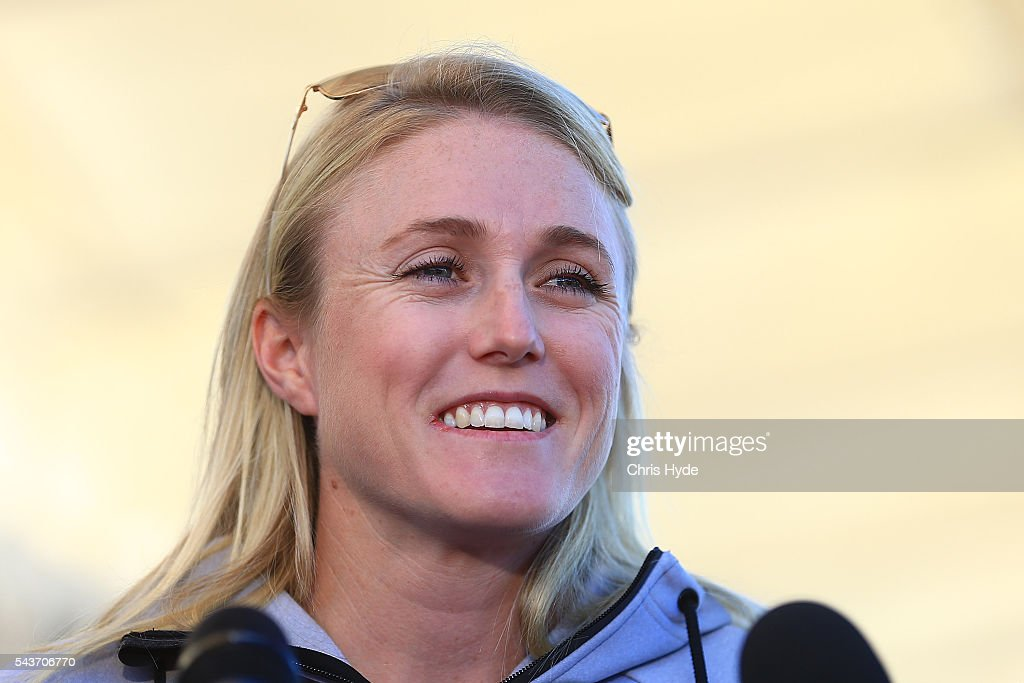 Australian hurdles athlete <a gi-track='captionPersonalityLinkClicked' href=/galleries/search?phrase=Sally+Pearson+-+Athlete&family=editorial&specificpeople=200724 ng-click='$event.stopPropagation()'>Sally Pearson</a> speaks to the media during a press conference on June 30, 2016 in Gold Coast, Australia. Pearson yesterday withdrew from the 2016 Rio Olympic Games due to a hamstring injury.