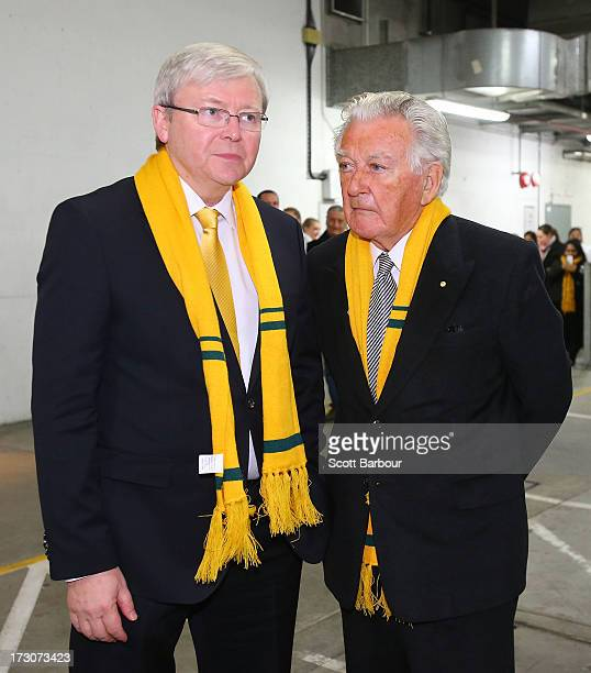 Australian Prime Minister Kevin Rudd and former Australia Prime Minister Bob Hawke talk before the International Test match between the Australian...