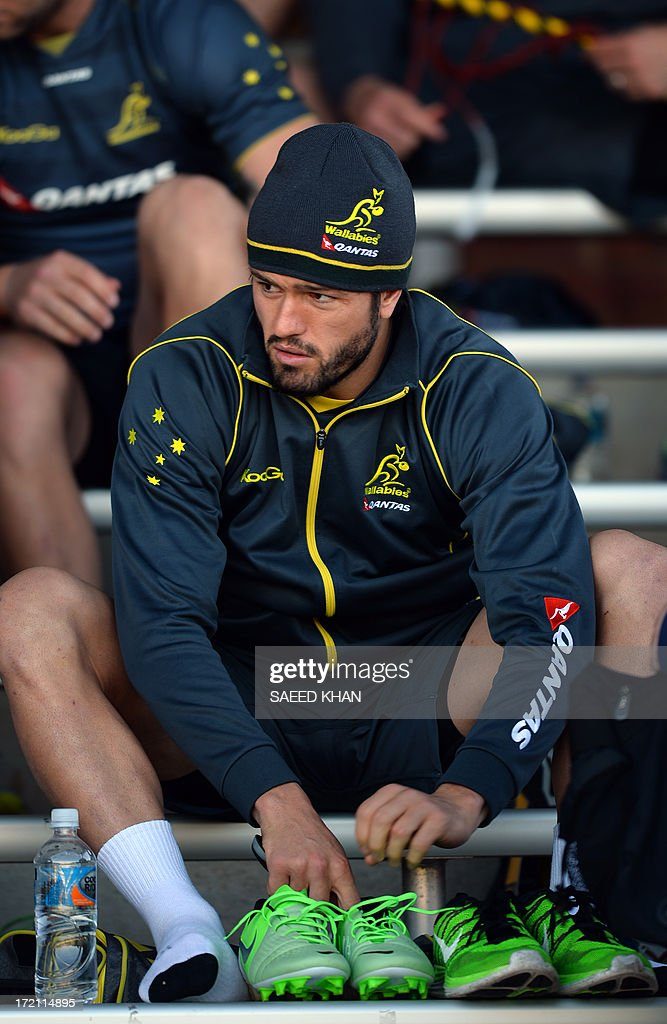 Australian rugby union player Adam Ashley-Cooper gets ready for the training session in Sydney on July 2, 2013. The Australian Wallabies will face the British and Irish Lions in the third and deciding test on July 6 in Sydney. IMAGE STRICTLY RESTRICTED TO EDITORIAL USE - STRICTLY NO COMMERCIAL USE AFP PHOTO / Saeed Khan