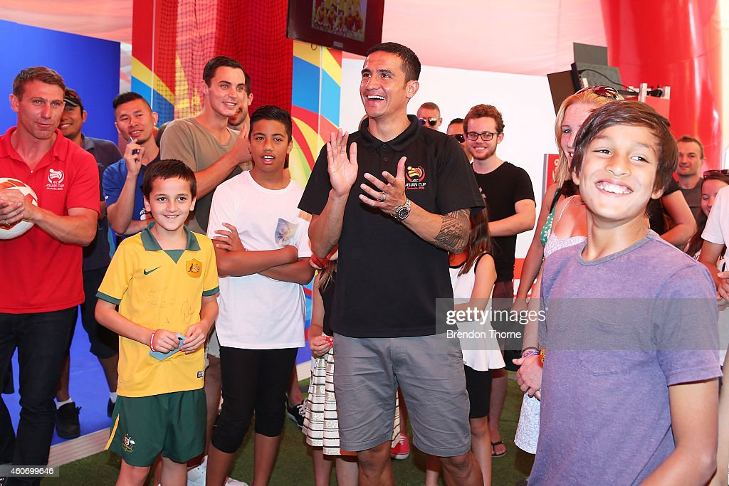 Australian Socceroos player Tim Cahill interacts with fans during the launch of the Football Fan Park at Customs House on December 20, 2014 in Sydney, Australia.