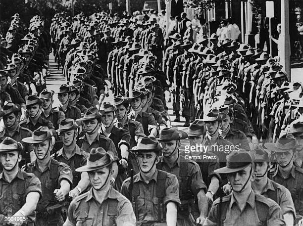 Australian soldiers marching through Sydney before leaving for Vietnam