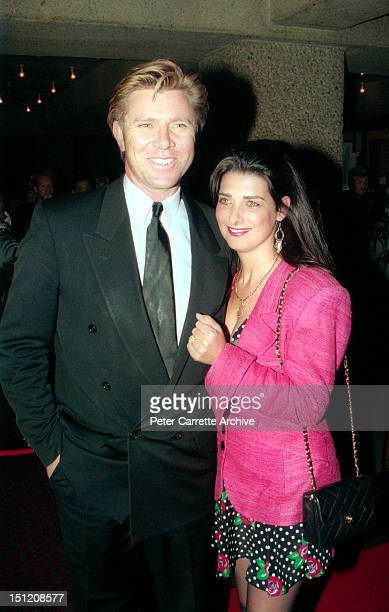 Australian television personality Richard Wilkins arrives on the red carpet for the premiere of the film 'To Die For' on February 12 1996 in Sydney...