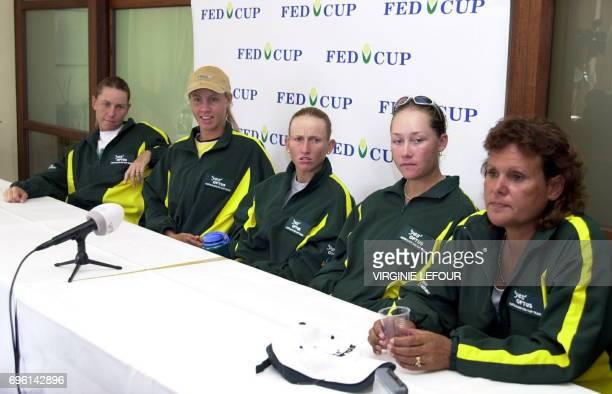 Australian tennis players Rene Stubbs Alicia Molik Nicole Pratt Samantha Stosur and coach Evonne CawleyGoolagong give a press conference 24 April...