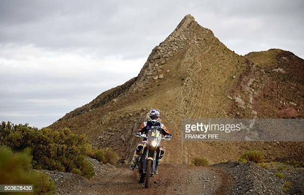 Australian Toby Price powers his KTM during Stage 4 of the Dakar 2016 around Jujuy Argentina on January 6 2016 AFP PHOTO / FRANCK FIFE / AFP / FRANCK...