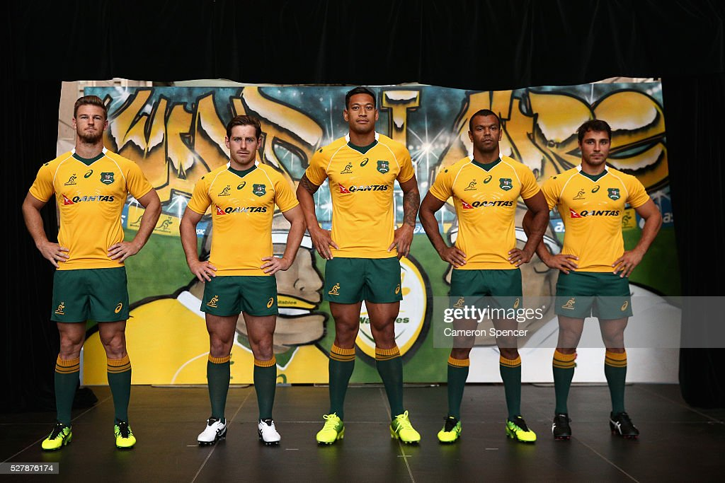 Australian Wallabies <a gi-track='captionPersonalityLinkClicked' href=/galleries/search?phrase=Rob+Horne&family=editorial&specificpeople=5127758 ng-click='$event.stopPropagation()'>Rob Horne</a>, <a gi-track='captionPersonalityLinkClicked' href=/galleries/search?phrase=Bernard+Foley&family=editorial&specificpeople=6563906 ng-click='$event.stopPropagation()'>Bernard Foley</a>, <a gi-track='captionPersonalityLinkClicked' href=/galleries/search?phrase=Israel+Folau&family=editorial&specificpeople=4194699 ng-click='$event.stopPropagation()'>Israel Folau</a>, <a gi-track='captionPersonalityLinkClicked' href=/galleries/search?phrase=Kurtley+Beale&family=editorial&specificpeople=3020818 ng-click='$event.stopPropagation()'>Kurtley Beale</a> and <a gi-track='captionPersonalityLinkClicked' href=/galleries/search?phrase=Nick+Phipps+-+Jogador+de+r%C3%A2guebi&family=editorial&specificpeople=10985377 ng-click='$event.stopPropagation()'>Nick Phipps</a> pose in the new Asics Wallabies jersey during the Australian Wallabies jersey launch at All Sorts Sports Factory on May 4, 2016 in Sydney, Australia.