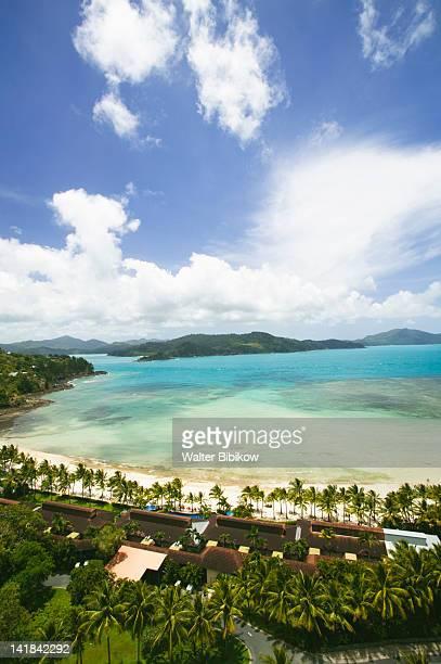 AUSTRALIA-Queensland-WHITSUNDAY COAST-Hamilton Island: Hamilton Island Beach