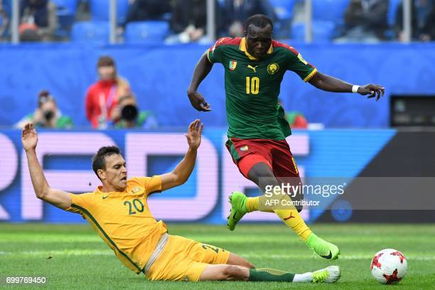 TOPSHOT Australia's defender Trent Sainsbury vies for the ball against Cameroon's forward Vincent Aboubakar during the 2017 Confederations Cup group...