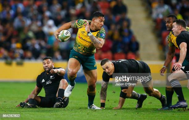 Australia's Israel Folau in action during the Bledisloe Cup match between the Australian Wallabies and the New Zealand All Blacks at Suncorp Stadium...
