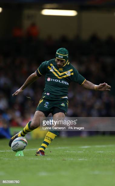 Australia's Johnathan Thurston kicks at goal