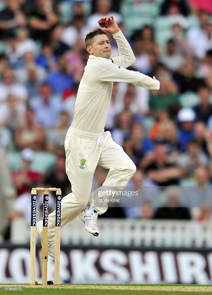Australia's Michael Clarke bowling during play on the fifth day of the fifth Ashes cricket test match between England and Australia at The Oval cricket ground in London on August 25, 2013. England were set a target of 227 to win the fifth Ashes Test in a minimum of 44 overs after Australia declared their second innings on 111 for six at tea on the final day at The Oval on Sunday. AFP PHOTO / GLYN KIRK ECB